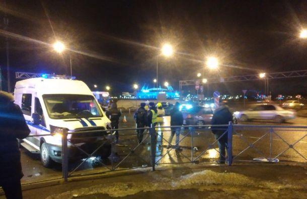 Четыре человека пострадали вДТП смашиной полиции наМорской набережной