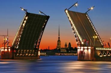 Петербуржцев предупредили оразводках мостов с22марта