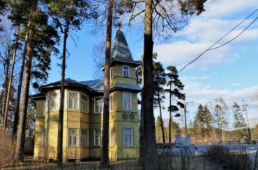Две дачи вПетербурге признали памятниками регионального значения