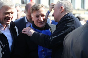 Беглов заявил, что хотелбы видеть Макарова депутатом Госдумы