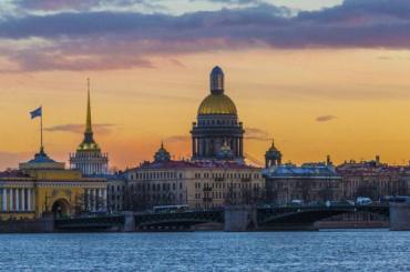 Петербуржцев ожидает самый теплый день сначала года
