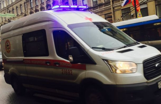 Петербурженку сдеменцией изнасиловали вКупчине