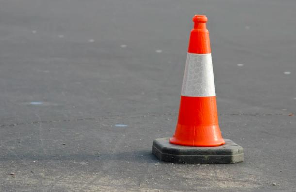 Автолюбителей предупредили омайских перекрытиях дорог