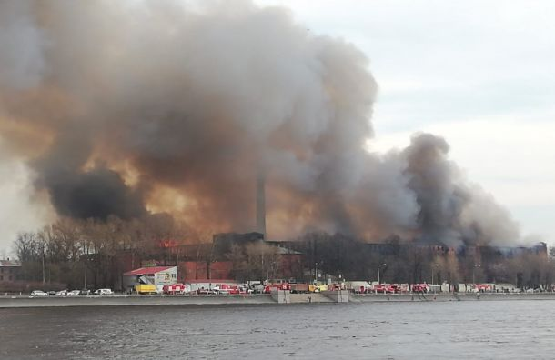 КГИОП написал заявление опреступлении пофакту пожара вНевской мануфактуре