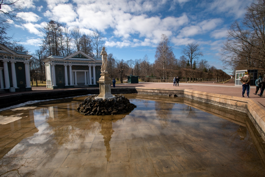 Петергоф_фонтан Ева_весна 2021.jpg