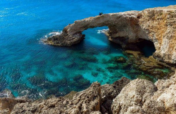Кипр откроет въезд для туристов спрививкой откоронавируса