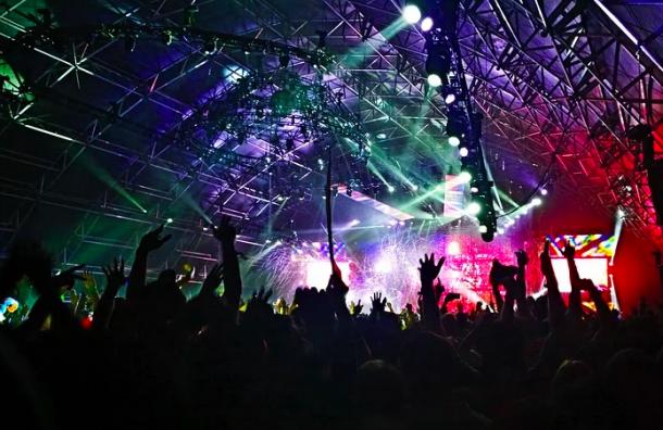 Смольный направит более 800 млн наорганизацию фестивалей иконкурсов