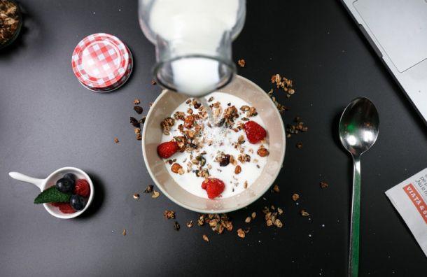 Эксперты: «Торговые сети продолжают продавать разбавленное молоко»