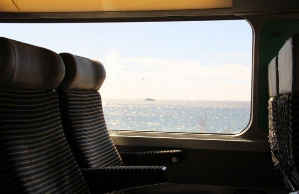 Летом изПетербурга начнут курсировать ежедневные поезда доЧерного иАзовского морей