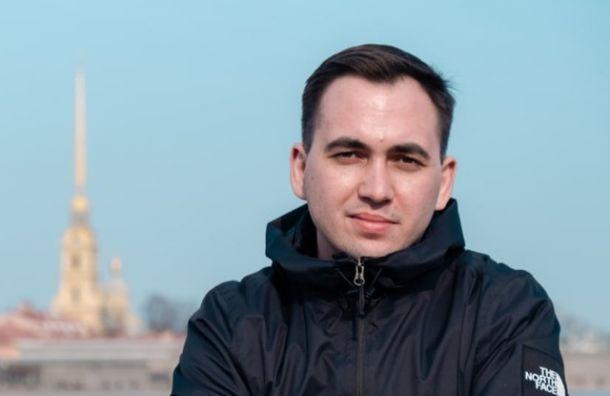 Бывший глава петербургского штаба Навального сообщил озадержании