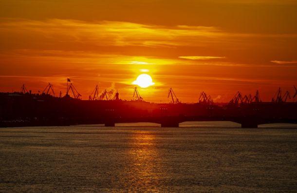 Петербуржцев ожидает короткая волна тепла