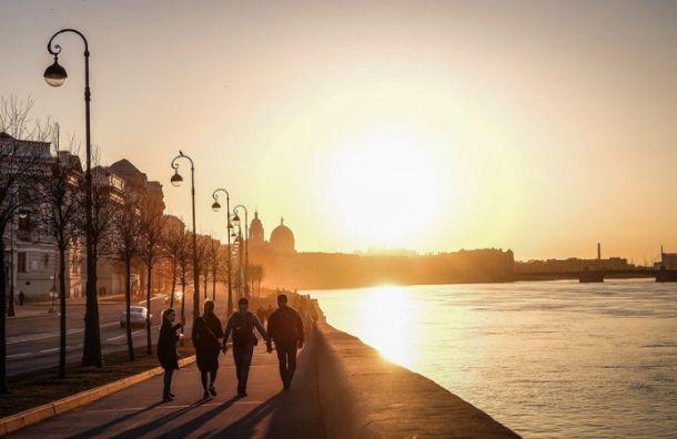 Петербург окажется насеверной периферии циклона