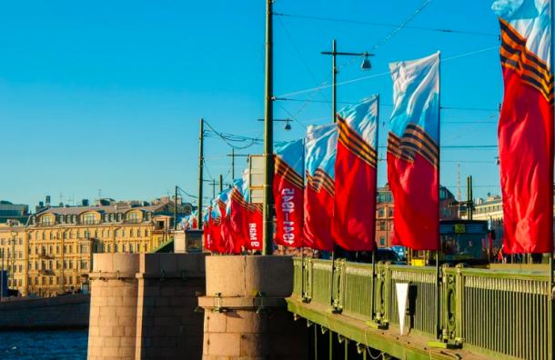 Уличные гуляния наДень Победы могут отменить вПетербурге