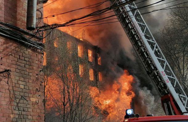 Одного изпострадавших наНевской мануфактуре пожарных выписали