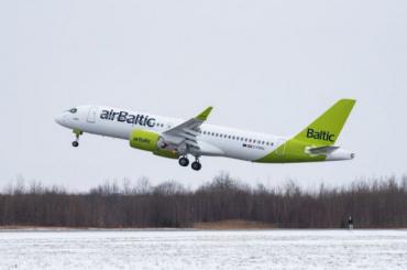 Самолеты изПетербурга начали летать вРигу