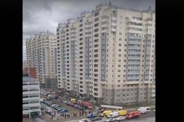 После гибели впожаре вПетербурге двухлетней девочки возбудили уголовное дело