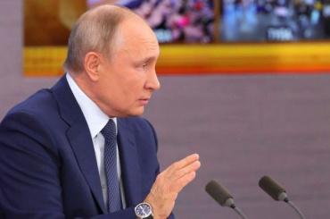 Путин прибыл срабочим визитом вПетербург