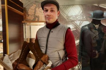 Петербуржец недает пропасть одежде городских жителей началаXX века