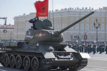Репетиция парада Победы наДворцовой 30апреля пройдет сбоевой техникой