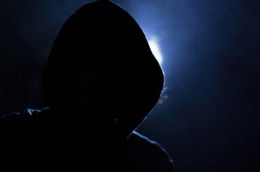 Полиция раскрыла мошенническую схему обмана пенсионерки изНевского района