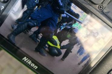 Песков обизбитых наакциях протеста журналистах: «Яжене имею кним отношения, ненаша компетенция»