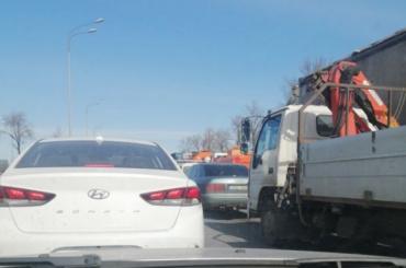 НаПулковском шоссе образовалась многокилометровая пробка