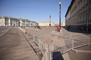 Фоторепортаж: как выглядит Дворцовая площадь накануне 21апреля