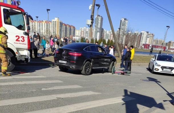 Водитель Mercedes сбил подростка напешеходном переходе