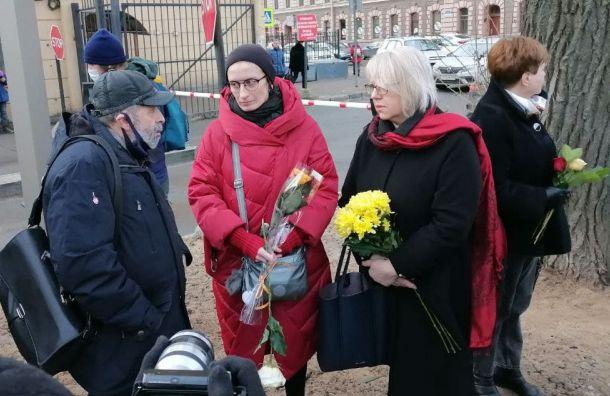 Ушла изжизни вдова скульптора Романа Шустрова Мария Касьяненко