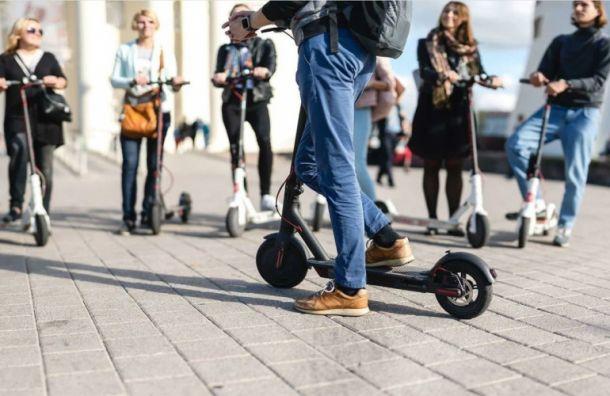 Смольный взялся заэлектросамокаты: петербуржцев ждут ограничения скорости имест парковки
