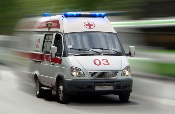 Подростку порезали шею стаканом вклубе наКазанской улице