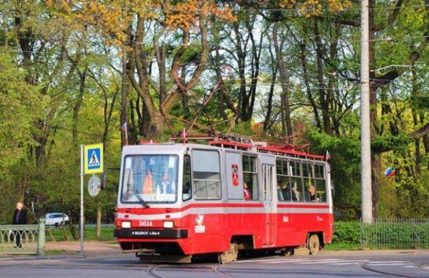 Утром 13мая из-за празднования Ураза-Байрама поКронверкскому небудут ходить трамваи