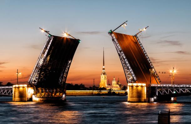 Дворцовый мост вночь с28 на29мая разведут начас раньше