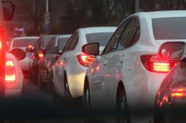 Петербург увяз вдевятибалльных пробках из-за непогоды