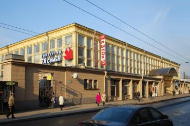 Вобновленном Московском рынке появится фуд-холл