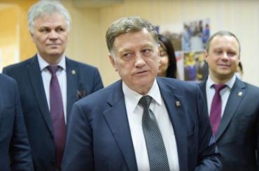 Вячеслав Макаров подал документы напраймериз впетербургский ЗакС