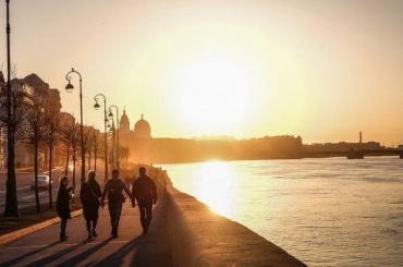 Синоптик обрадовал петербуржцев: природа взяла паузу вдождях
