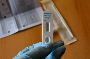 Занеделю суточный показатель заболевших COVID-19 вПетербурге увеличился натреть