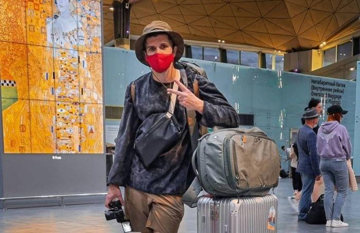 Петербургский блогер Руслан Усачев покинул Россию из-за обстановки встране