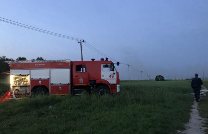 Наюго-востоке Петербурга всю ночь тушили пожар