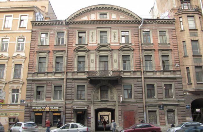 Еще один дом вПетербурге стал памятником
