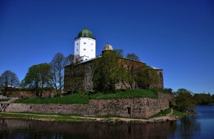 Выборгский замок закроется надве недели из-за коронавируса