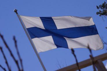 Почти 2,5 тысячи финнов посетили Петербург наматче Евро-2020
