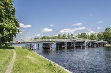 ВПетербурге почти нагод закроют 1-й Елагин мост иограничат движение поЗагородному проспекту
