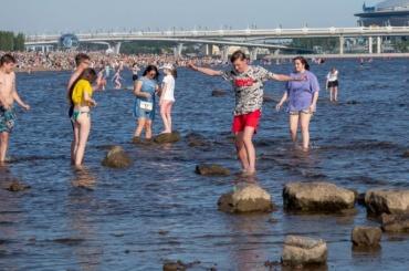 Петербург пятый день подряд бьет температурные рекорды