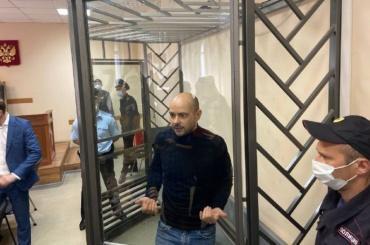 Пивоваров предложил Явлинскому выдвинуть его навыборы без сбора подписей