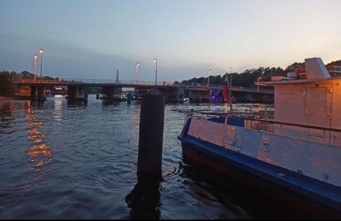 Лодка затонула после столкновения степлоходом около Елагина острова
