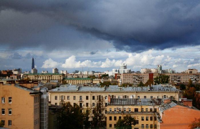 Петербуржцы подали вСмольный очередную петицию запереименование Советских улиц вРождественские
