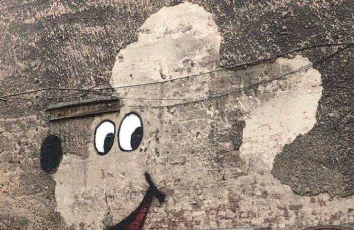Новый стрит-арт появился возле станции метро «Технологический институт»