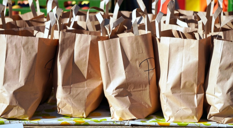 bags-4543999_1280.jpg